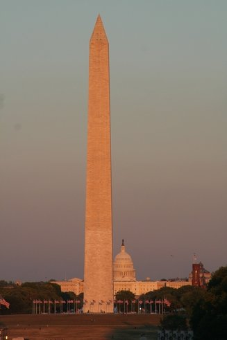 98DC - Washington Memorial2.jpg (14324 bytes)